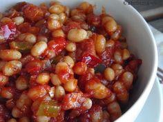 Kipróbált és bevált receptek ...: Pikáns sült bab