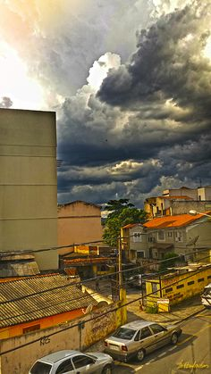 O céu prestes a desabar no Bairro São João.