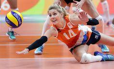 Rio 2016 - Volleyball - Laura Dijkema  (1057×639) Volleyball Photos, Female Volleyball Players, Beach Volleyball, Rio Olympics 2016, Rio 2016, Sports Photos, Athletic Women, Sport Girl, Sports Women