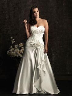W302 Boulevard Bridal & Prom, has Modest Wedding & PROM Dresses w/ sleeves, & Bridesmaids