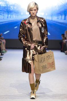 Hong Kiyoung AUTUMN/WINTER 2015-16 READY-TO-WEAR