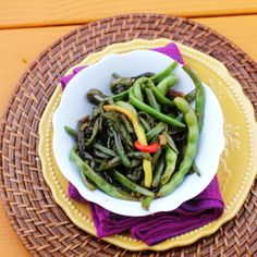 Stir-Fried Green Beans and The Slanted Door Stir Fry Greens, Stir Fry Green Beans, Fried Green Beans, Slanted Door, Salad Recipes, Healthy Recipes, Green Bean Recipes, Fiber Foods, Kinds Of Salad