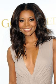 """""""One little trick I've learned is to sweep some bronzer on your shoulders, knees, calves, and right down the middle of your thigh—it picks up your muscles and defines them. Or at least creates the illusion of muscles!"""" - Gabrielle Union"""