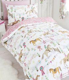 Horse Show, pony themed single duvet cover and pillowcase set. Single Bedding Sets, Kids Bedding Sets, Single Duvet Cover, Big Girl Bedrooms, Girls Bedroom, Horse Bedrooms, Girl Rooms, Bedroom Themes, Bedroom Decor