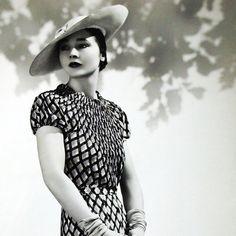Robe de Lucien Lelong, photographie d'époque du studio Dorvyne (circa 1935) - Dorvyne - Photographes - Photographie