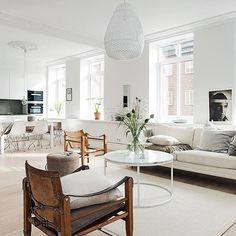 "youfindmehere: ""Such a beautiful home! Or what do you think? The apartment is for sale via @alvhemmakleri #livingroom #vardagsrum #instadaily #inspiration #interior #interiör #interiør #heminredning #interieurinspiratie #interieurdesign #interiordesign #interior4all #nordicinspiration #nordichome #alvhemmakleri"""