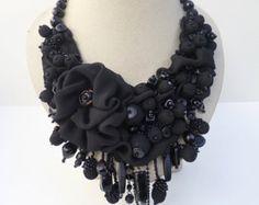 Vintage bib necklace unique mixed materials floral от Rejesoutache