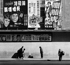 Fan Ho is a self taught photographer of urban life from Shanghai. Fan Ho, Shanghai, Geometric Construction, Black White, Color Black, Photo B, Street Photographers, Famous Photographers, Urban Life