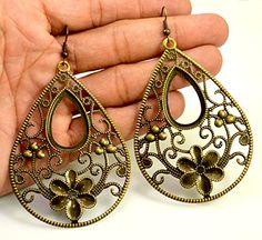 A Pair of Indian Hand Carved Brass Metal Floral Traditional Boho Hippie Earrings Krishna Mart India http://www.amazon.com/dp/B00UOZB2RG/ref=cm_sw_r_pi_dp_Bz6Ivb1FF72NN