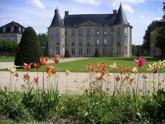 Château d'Hénonville - Plan et Photos du château