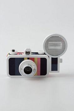 La Sardina 33mm camera -- so fun for your reception!