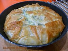 Hoy os traigo una receta sencillamente IMPRESIONANTE. Es un pastel de origen griego cuyo ingrediente principal son las espinacas. La ... Mashed Potatoes, Pie, Bread, Ethnic Recipes, Desserts, Food, Spinach, Deserts, Cook