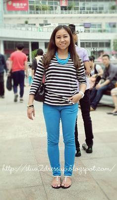 Stripes top and colored jeans Colored Jeans, Two By Two, Blues, Dress Up, Stripes, How To Wear, Outfits, Tops, Women