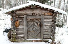 Small sauna in winter Portable Steam Sauna, Small Log Cabin, Tiny Cabins, Natural Swimming Pools, Natural Pools, Sweat Lodge, Outdoor Sauna, Off Grid Cabin, Tiny House Movement