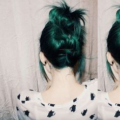 This hair is amazing. It is like a mix of natural hair color and green hair color. Love Hair, Gorgeous Hair, Dye My Hair, Grunge Hair, Crazy Hair, Pretty Hairstyles, Scene Hairstyles, Updo Hairstyle, Summer Hairstyles