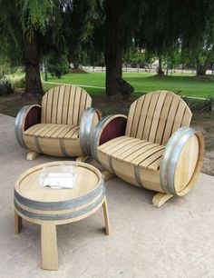 garden furniture, made out of old barrels #recycle