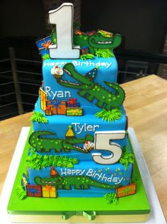 alligator cake - very cute. also a nice idea for a joint birthday party - we have friends whose sons were born on the same day and they often had a joint birthday party.