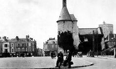 Issoudun. Le beffroi. Berry, Centre, Street View, Building, Travel, Vintage, Antique Post Cards, Viajes, Buildings