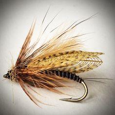 "JMV OUTDOOR on Instagram: ""Wally wing caddis with mixed fabrics. Cdc, deer hair, hen, mallard, hare.  #whitingfarms #flyfishing #flytying #flugfiske #flugbindning…"""