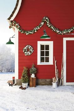 88 Country Christmas Decorations - Holiday Decorating Ideas