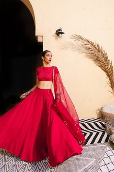 Dedicated to women who are modern, fierce and sensual, The Little Black Bow's pre-fall destination line titled Mon Cheri reveals sleek silhouettes, Gold Lehenga, Indian Lehenga, Bridal Lehenga, Indian Wedding Outfits, Indian Outfits, Indian Clothes, Indian Weddings, Indian Designer Outfits, Designer Dresses