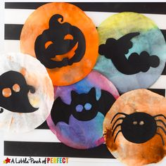 Kids can make Halloween shadows appear on the window day or night with this coffee filter suncatcher craft and free template. They can choose from 6 silhouette templates (jack-o-lantern, bat, ghost and more)or make their own design. No matter what they choose each suncatcher will turn out brilliant as it catches the autumn sun and …