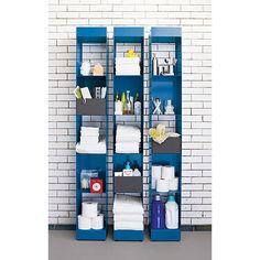 nice way to organize the bathroom stuffs...carlsonbluetowerXFC11