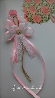 Distintivos Baby Shower, Ribbon Crafts, Christmas Crafts For Kids, Funeral, Wedding Planner, Scrapbooking, Bows, Wreaths, Candles