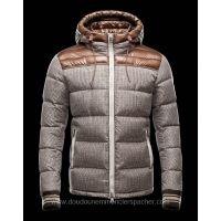 Moncler Doudoune Homme Eusebe Marron Moncler Jacket Mens, Chupa, Coats For  Women, Jackets eb4e08b9c09