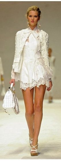 Dolce and Gabbana. How AMAZE is this?! Remember: The Little White Dress is just as important as the Little Black Dress!