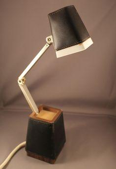 70er Jahre Tischlampe Lampette Stil 60er Lampe Leder Ausführung rar 70s lamp Pop