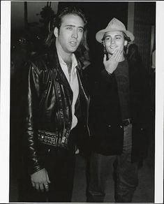 Tumblrは自分を表現したり発見することができる場であり、好きなものを通じてつながりを見つけたり、興味が人と人をつなげるプラットフォームです。 Johnny Depp Images, Johnny Depp Pictures, Young Johnny Depp, Nicolas Cage, Westerns, Leather Jacket, People, Civilization, Movies