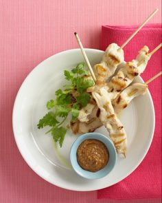 Chicken Satay with Peanut-Chutney Sauce from Martha Stewart <-- #WinePairing: Sutter Home Riesling