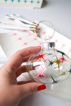 Create a vintage MCM style ornament using your Cricut and some vinyl