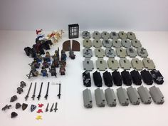 Lot Of Vintage Lego Knights Castle Pieces Weapons Swords Pieces Figures Horses #LEGO
