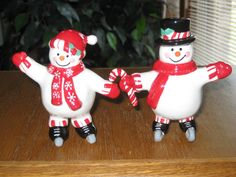 "Vintage Christmas Snow Couple Ceramic Salt and Pepper Shakers 4"" Each 