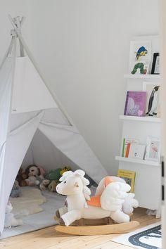 Unique kinderzimmer babyzimmer dino schleich steiff holztiger er spielzeug kitty surprise tipi alpina farbfreunde geckogr n trendshock stuva ikea malm t u