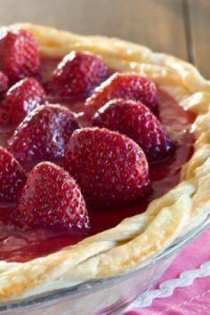 Paula Deen - Sassy Strawberry Pie