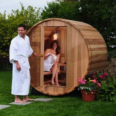 Transform your backyard into a world class spa by installing this two person canopy barrel sauna out back. This Canadian Red cedar sauna's design maximizes seating space and features accents like a small porch so you can relax when you step out. Diy Sauna, Sauna A Vapor, Barrel Sauna, Canopy Swing, Sauna Design, Outdoor Sauna, Steam Sauna, Small Porches, Sauna Room