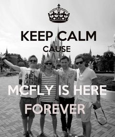 Loooooove McFly :) and they are at disneyland/world Leaving School, Disneyland World, British Boys, Keep Calm, Boy Bands, Make Me Smile, All In One, Defenders, Love