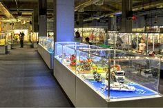 Wystawy obiektów z klocków Lego organizowane w całej Polsce cieszą się ogromną popularnością, zwłaszcza wśród najmłodszych odwiedzających.