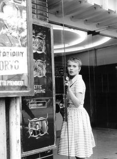 Jean Seberg on the set of Jean-Luc Godard's À bout de souffle (1960)