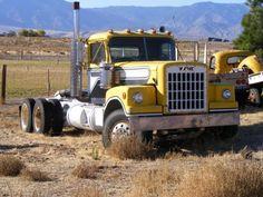 Show Trucks, Big Rig Trucks, Dump Trucks, Old Trucks, Classic Tractor, Classic Trucks, Western Star Trucks, Model Truck Kits, Equipment Trailers