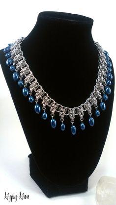 Blauem Glas Perle byzantinischer Helm Chainmaille von GypsyGrove
