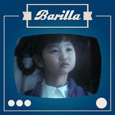 Per questo storico spot #Barilla c'è una bambina che arriva da lontano, ma gli spaghetti la faranno sentire a casa!