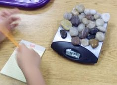 Counting and Weighing Rocks. Rocks And Gems, Rocks And Minerals, Homeschool Math, Tot School, Day Work, Reggio, Fun Learning, Preschool Activities, Geology