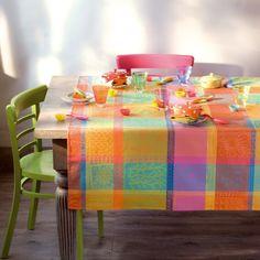Garnier Thiebaut - Mille Wax Creole Sie geben Ihre Tischmaße ein und unser Tischdeckenkonfigurator berechnet Ihre persönliche Tischdecke.   Wählen Sie aus herrlichen Stoffen Ihren Favoriten. Nichts Passendes gefunden?   Rufen Sie uns an unter Tel. (0281) 24173 und wir machen es passend! Sie sind sich in der Farbwahl nicht sicher?   Gerne senden wir Ihnen Stoffmuster zu