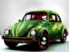 El clásico #Volkswagen #Sedan más conocido en #Mexico como #Vocho pintado como una #Sandia... vía @Candidman