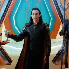 Tom Hiddleston as Loki in Thor: Ragnarok. Enlarge image: http://maryxglz.tumblr.com/post/166253310777/from-torrilla Via Torrilla
