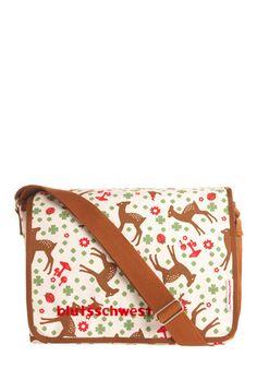 So cute! Who doesn't love a good doe on their bag... ?